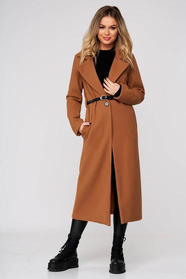 Palton SunShine maro casual lung din stofa cu croi drept cu buzunare si accesoriu tip curea