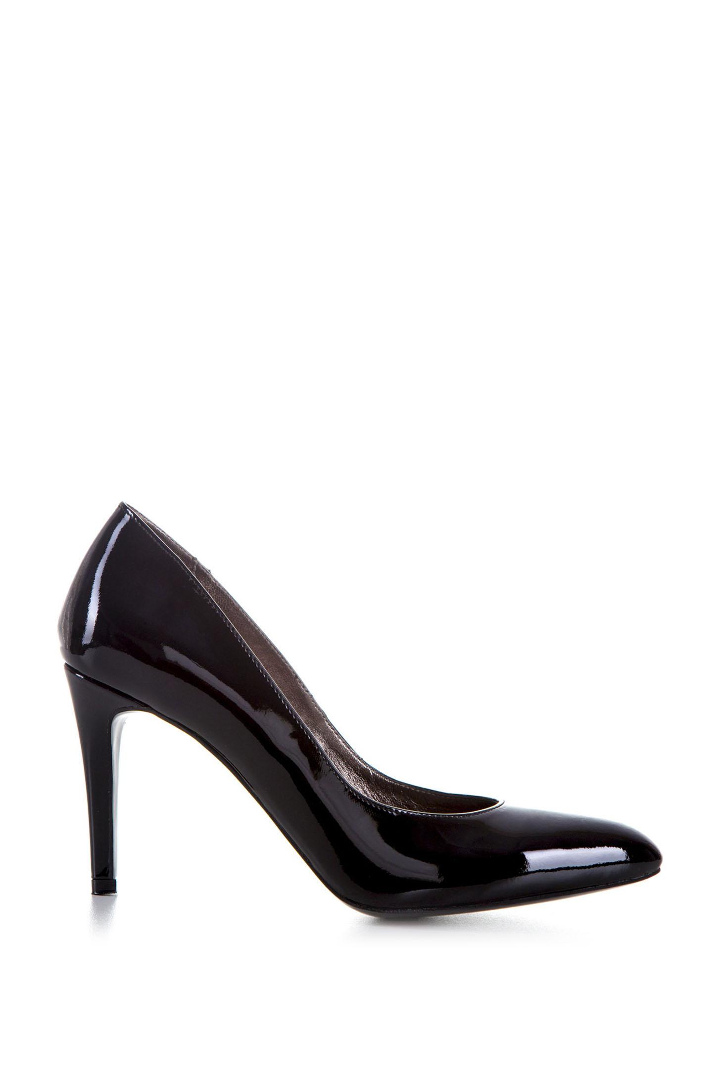 Pantofi stiletto negri din piele naturala cu varful usor ascutit
