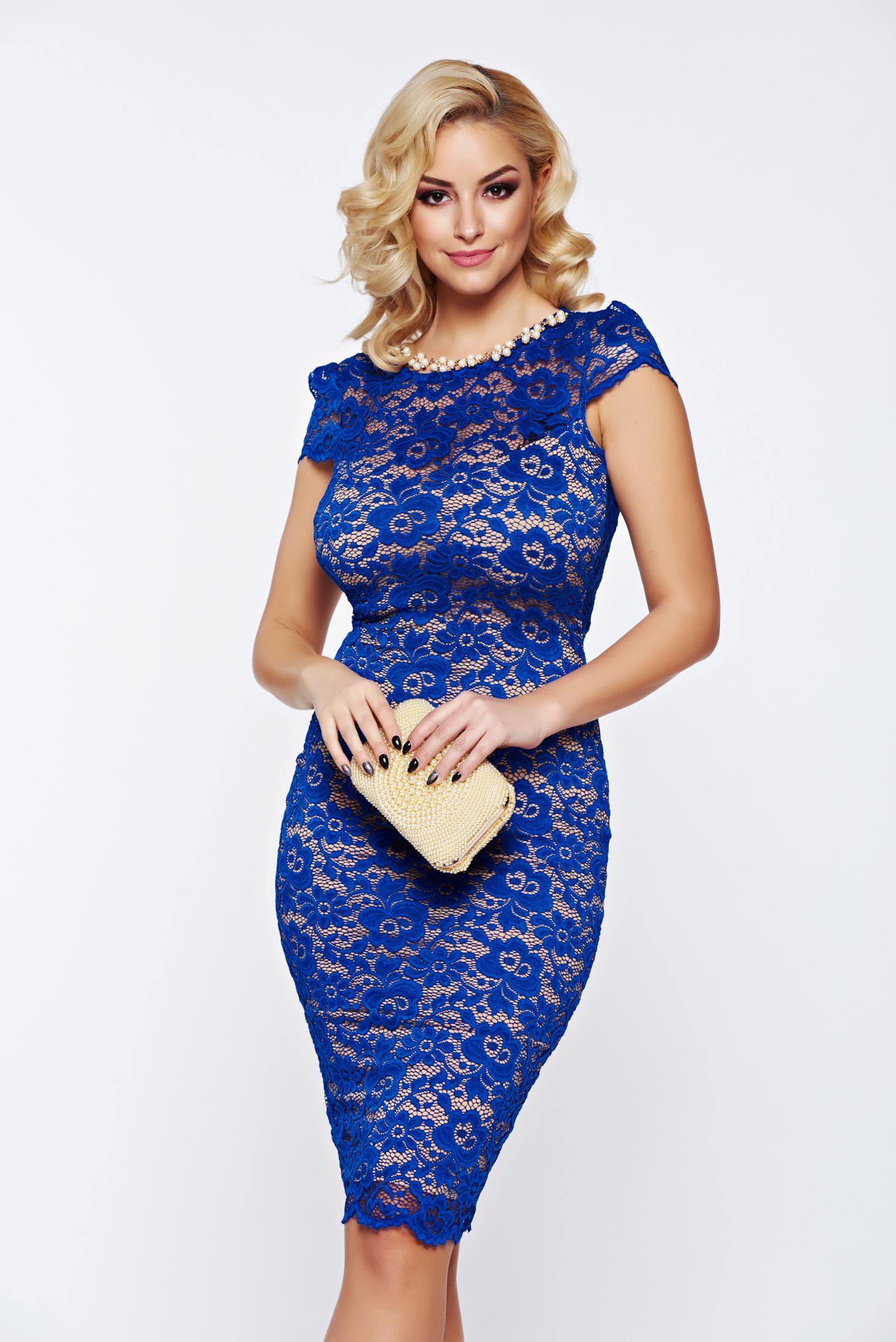 Rochie Fofy albastra de ocazie cu spatele gol si accesoriu tip colier