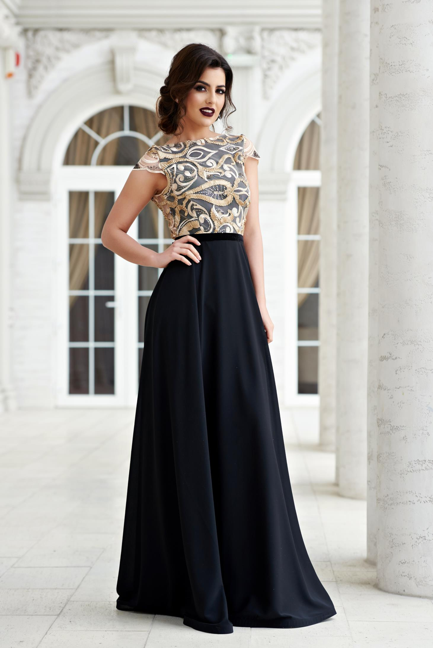 Rochie de seara neagra StarShinerS cu spatele gol din material dantelat