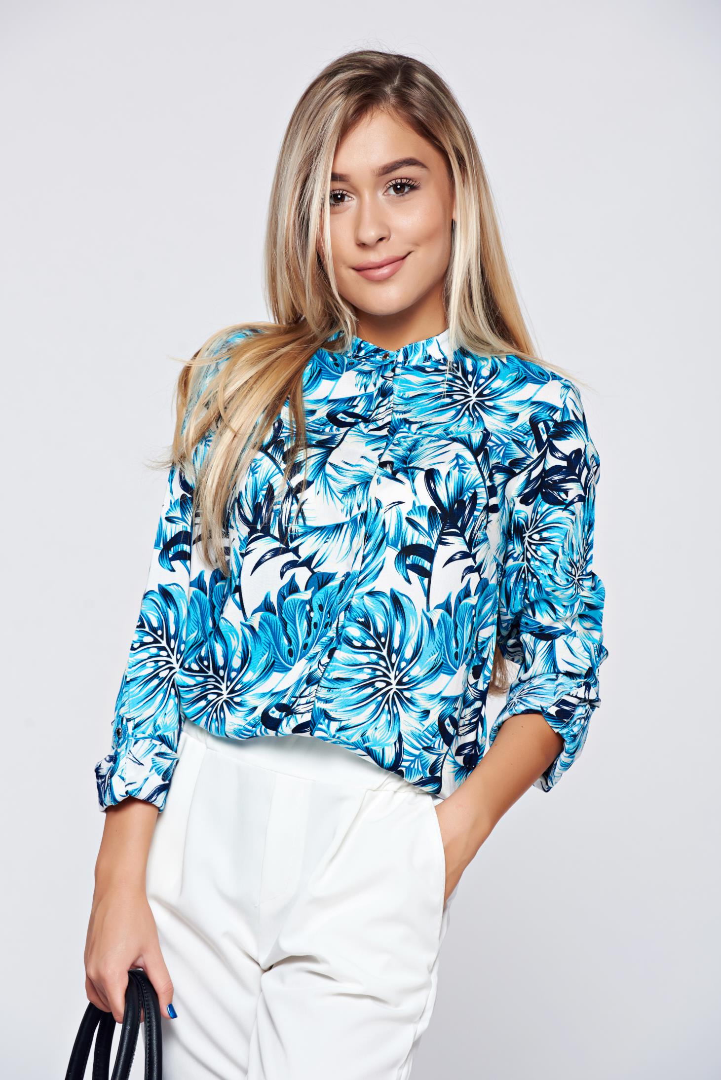 Camasa dama Top Secret albastra cu croi larg cu imprimeu floral