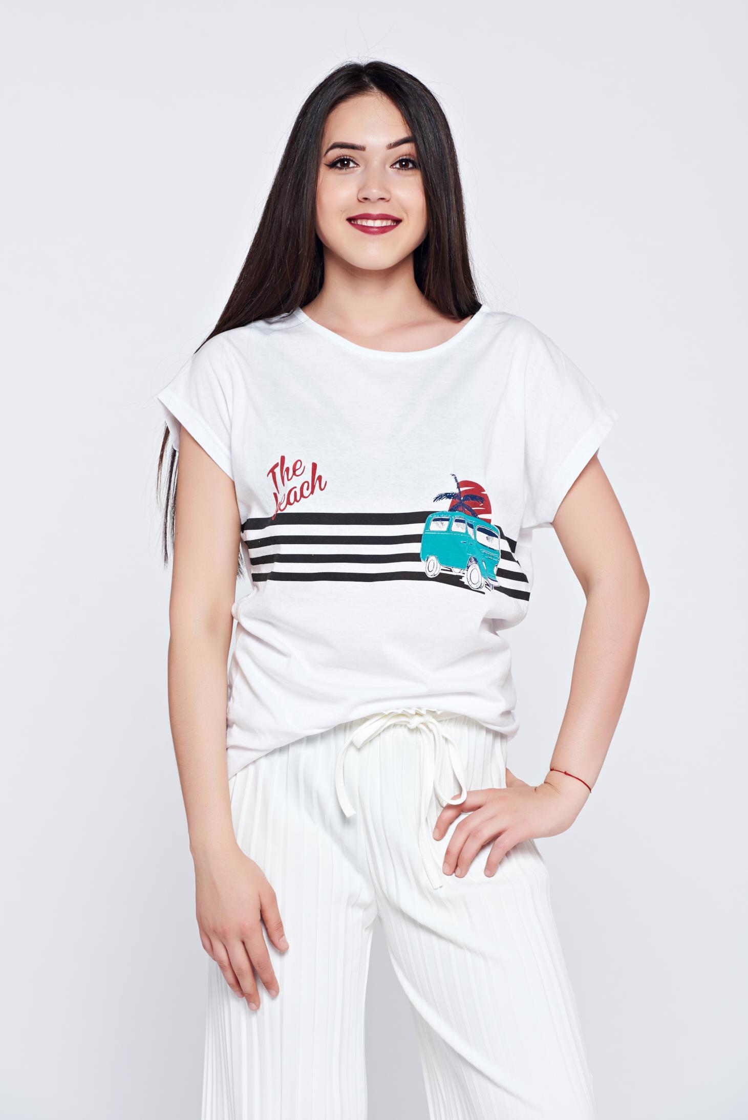Tricou casual cu print alb cu dungi orizontale