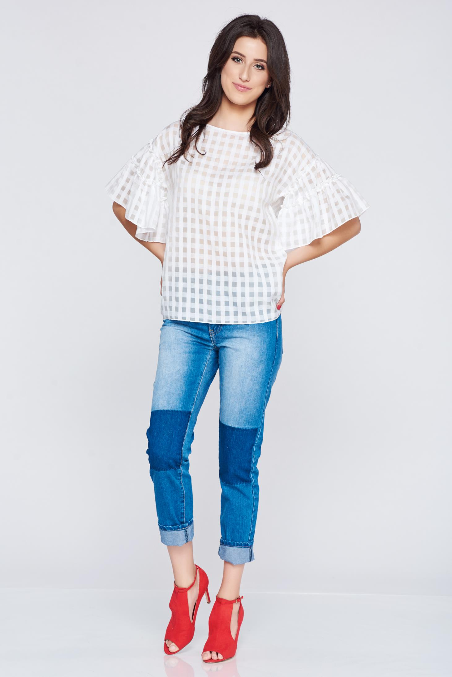 Bluza dama PrettyGirl alba din material vaporos cu maneci tip fluture