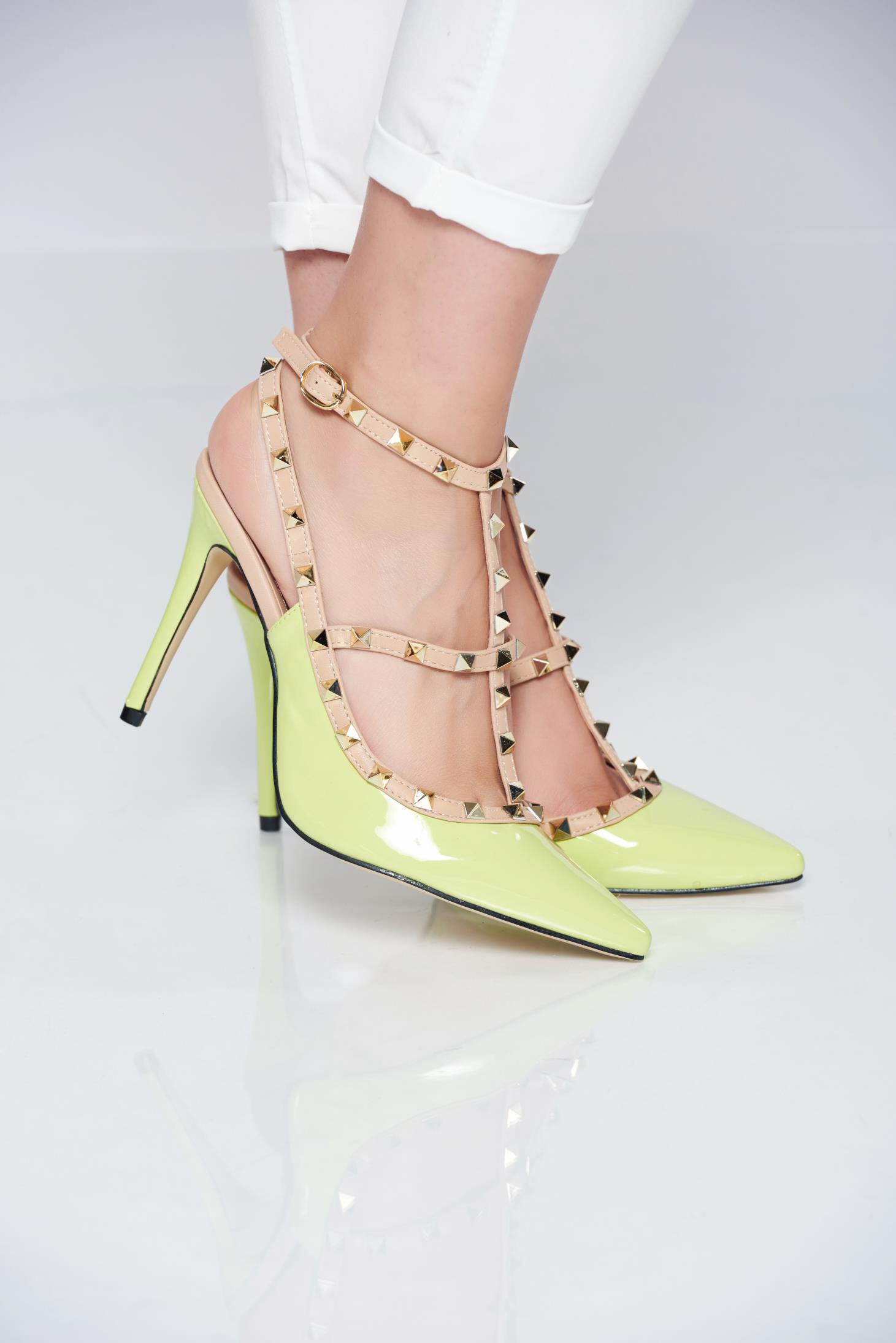 Pantofi stiletto verde-deschis cu toc inalt cu tinte metalice