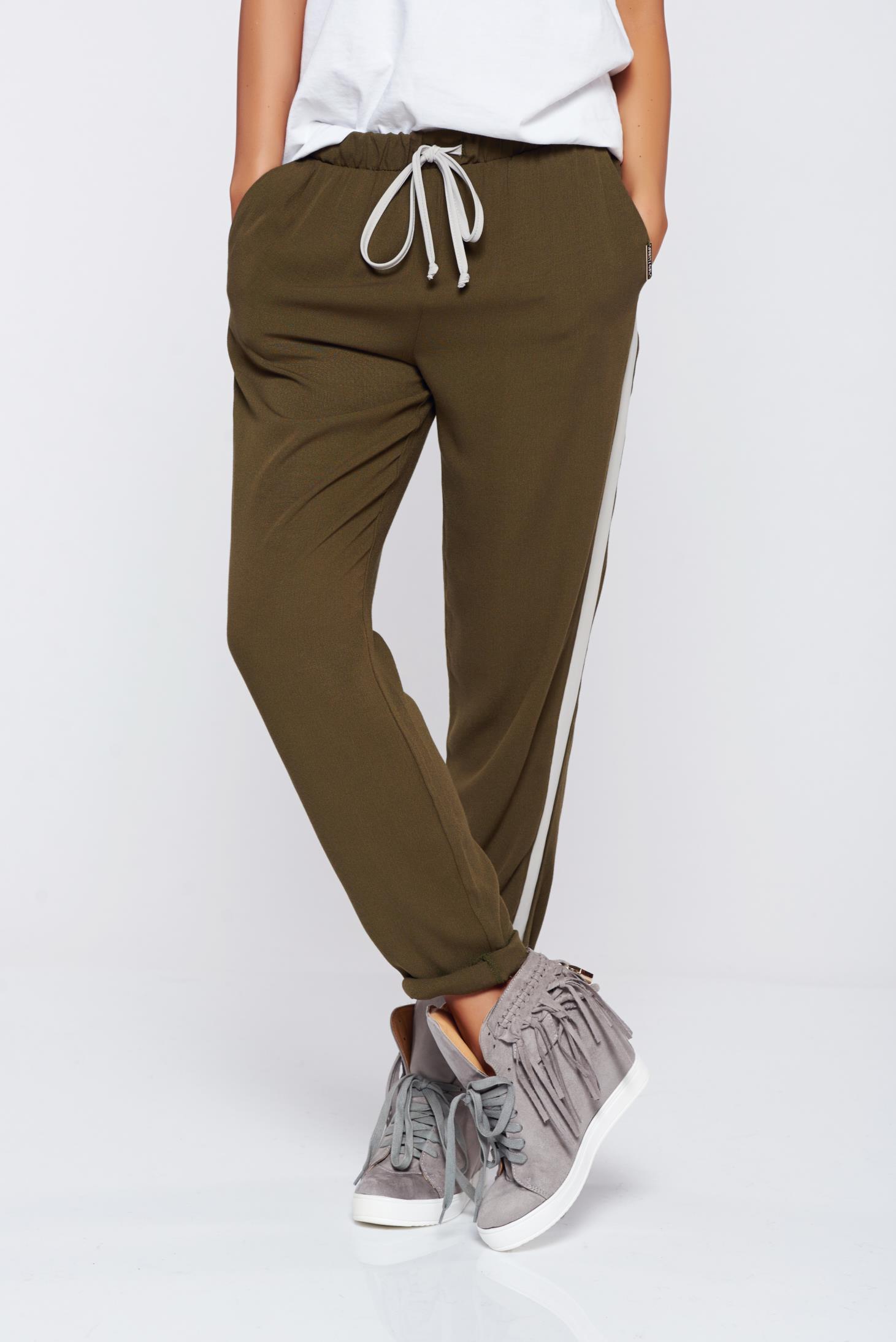 Pantaloni PrettyGirl khaki casual cu buzunare cu elastic in talie