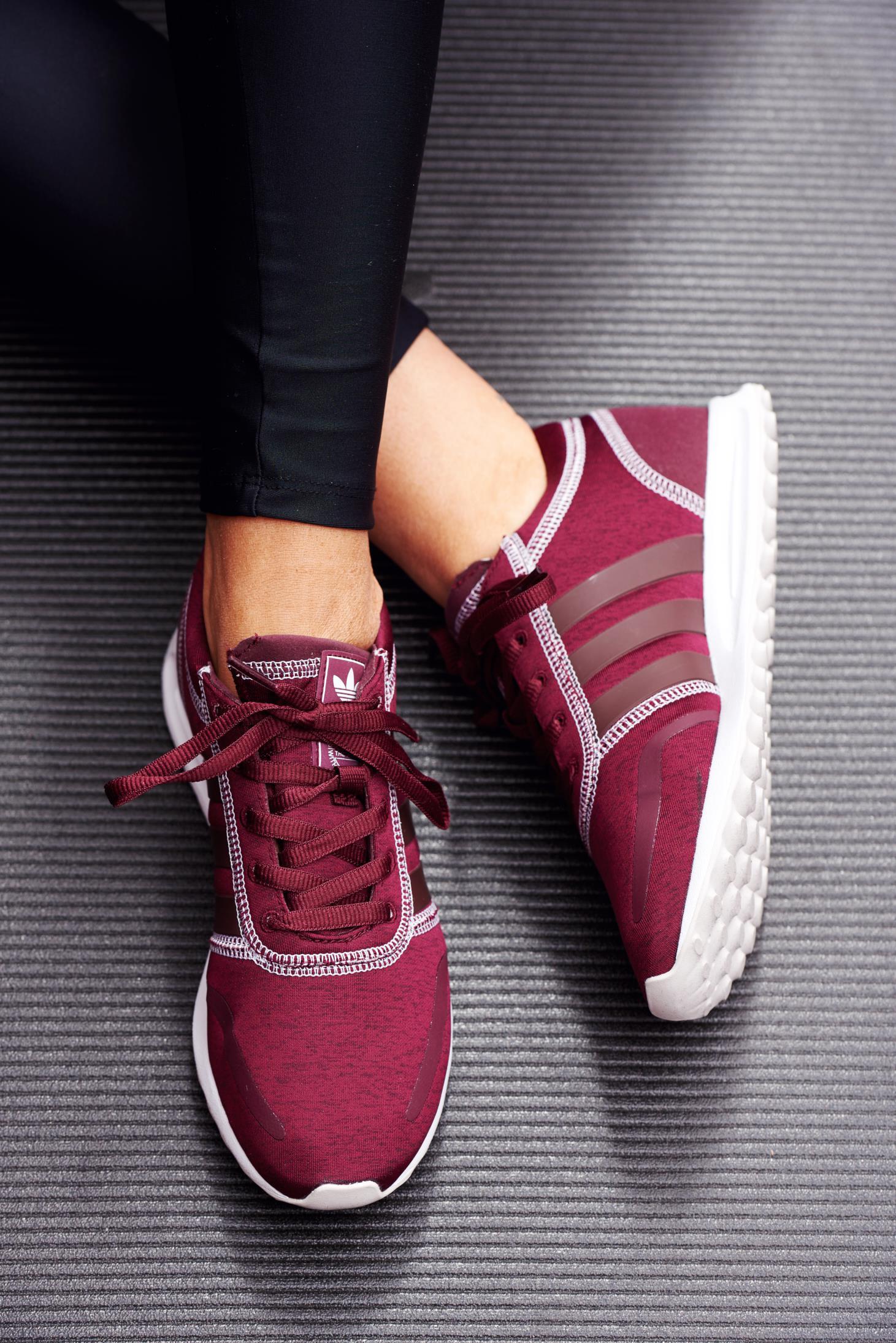 Pantofi sport Adidas Originals visinii casual cu talpa usoara cu siret
