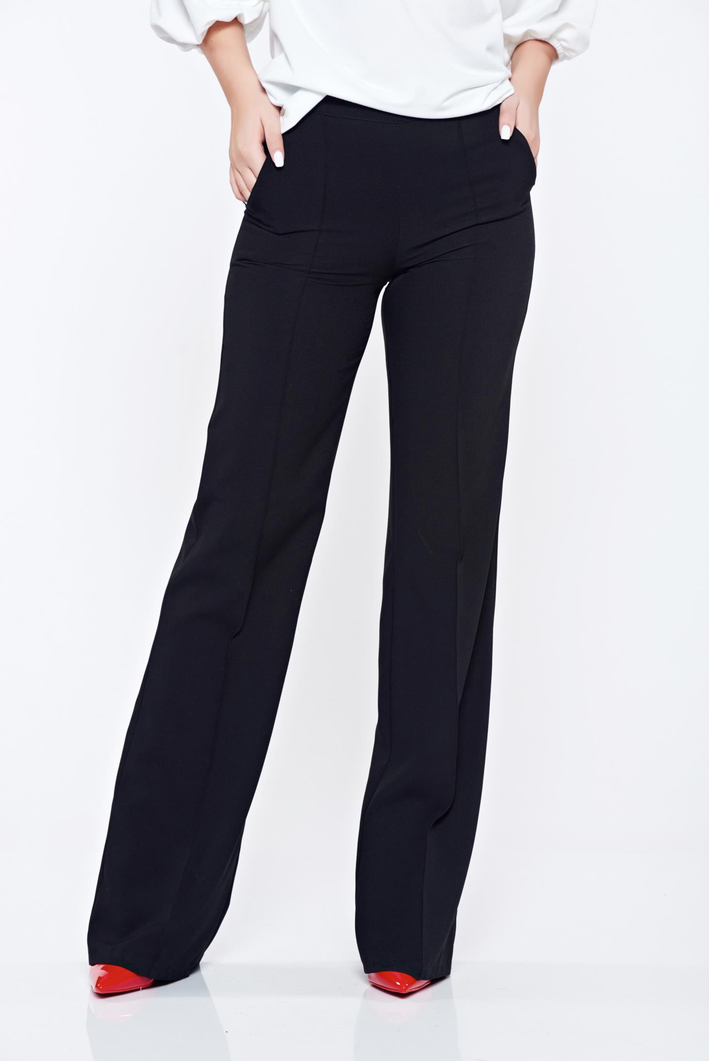 Pantaloni Fofy negri office evazati cu buzunare cu talie medie