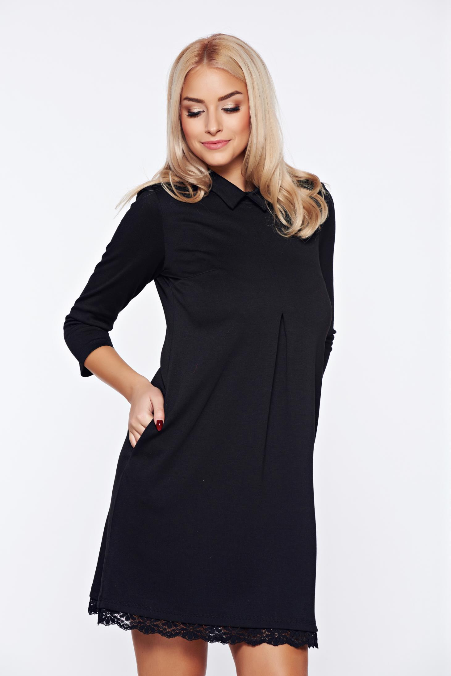 Rochie StarShinerS neagra eleganta cu un croi in a cu aplicatii de dantela