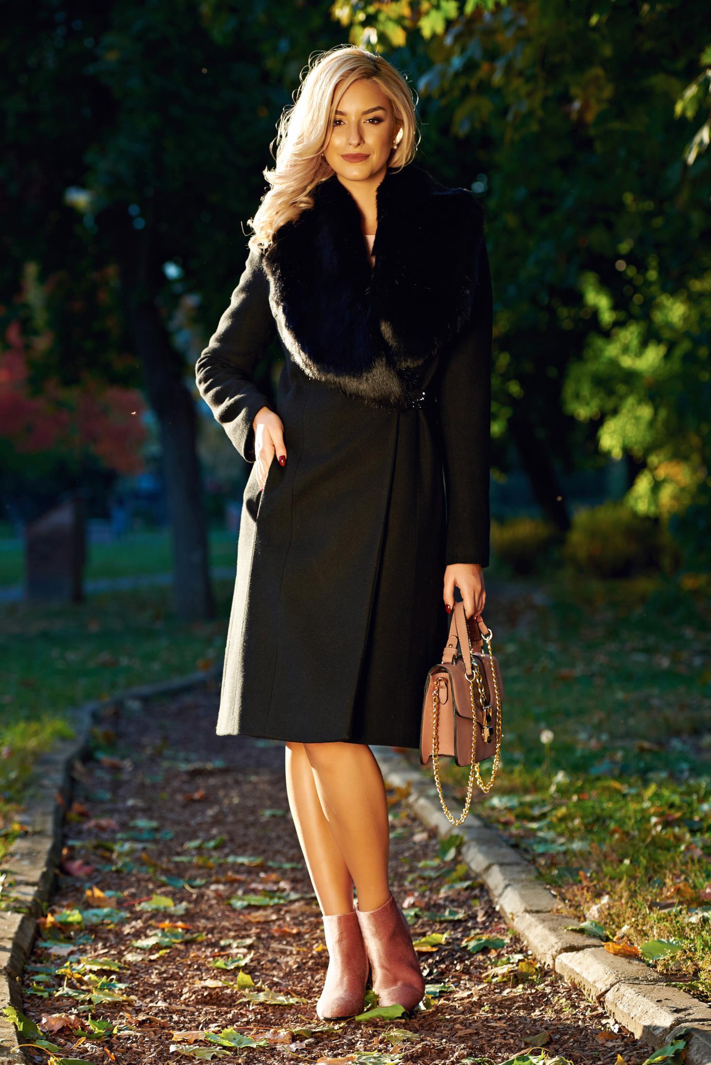 Palton LaDonna negru elegant cu guler din blana captusit pe interior