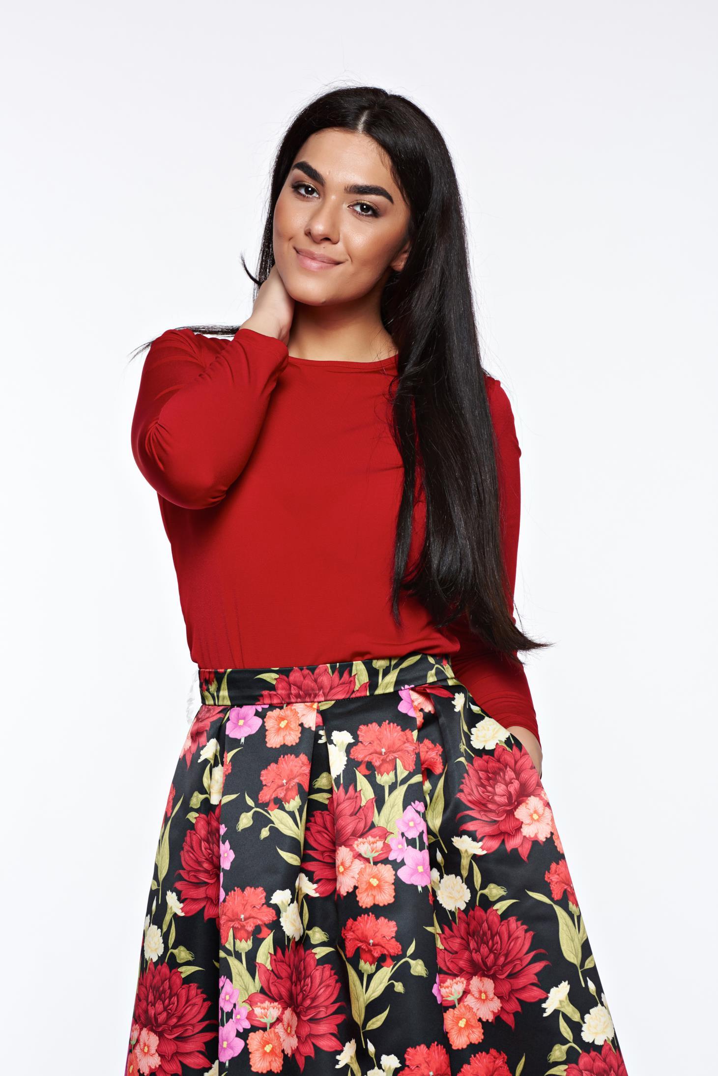 Bluza dama LaDonna rosie basic cu un croi mulat din material usor elastic