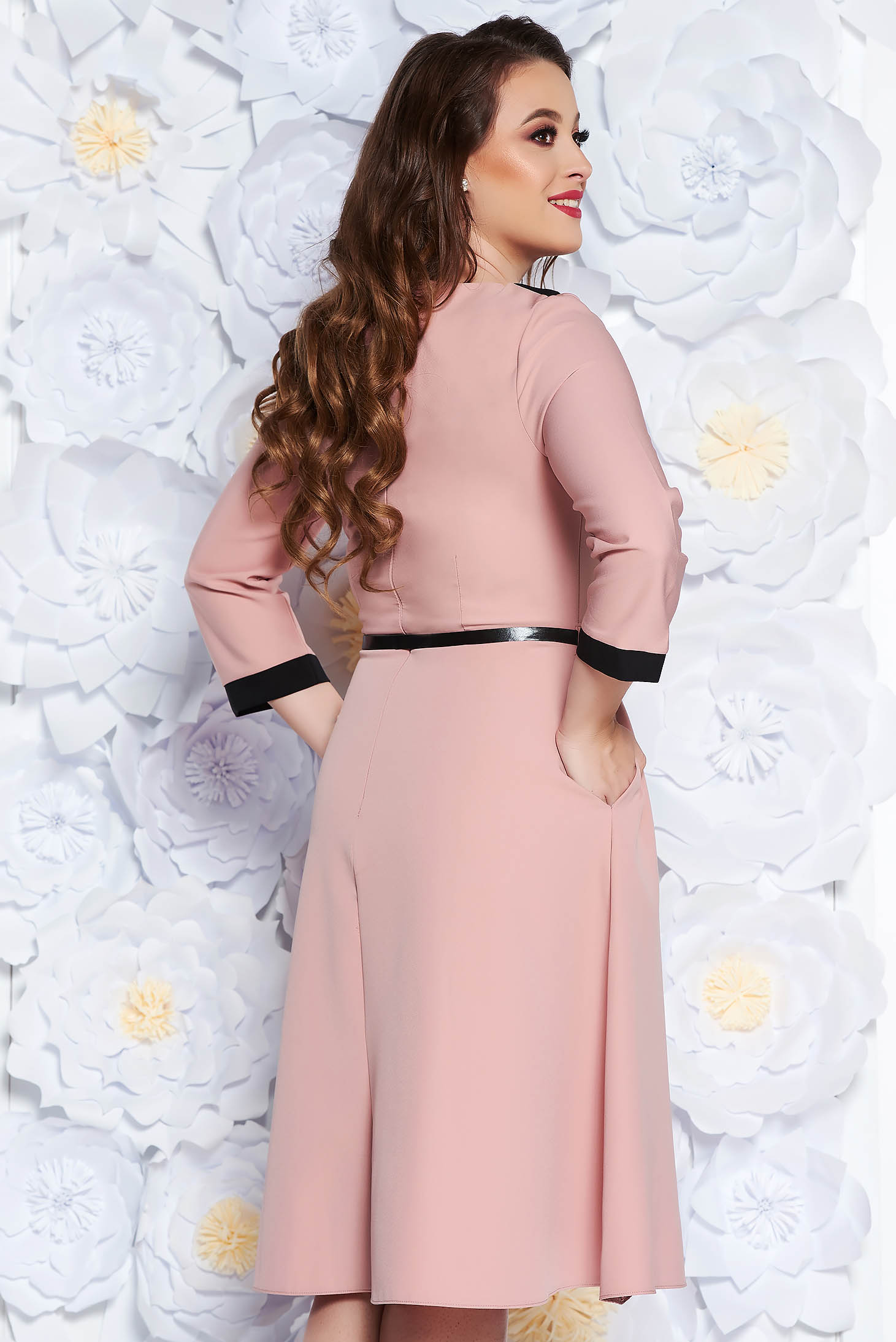 Rosa elegant cloche dress slightly elastic fabric accessorized with belt