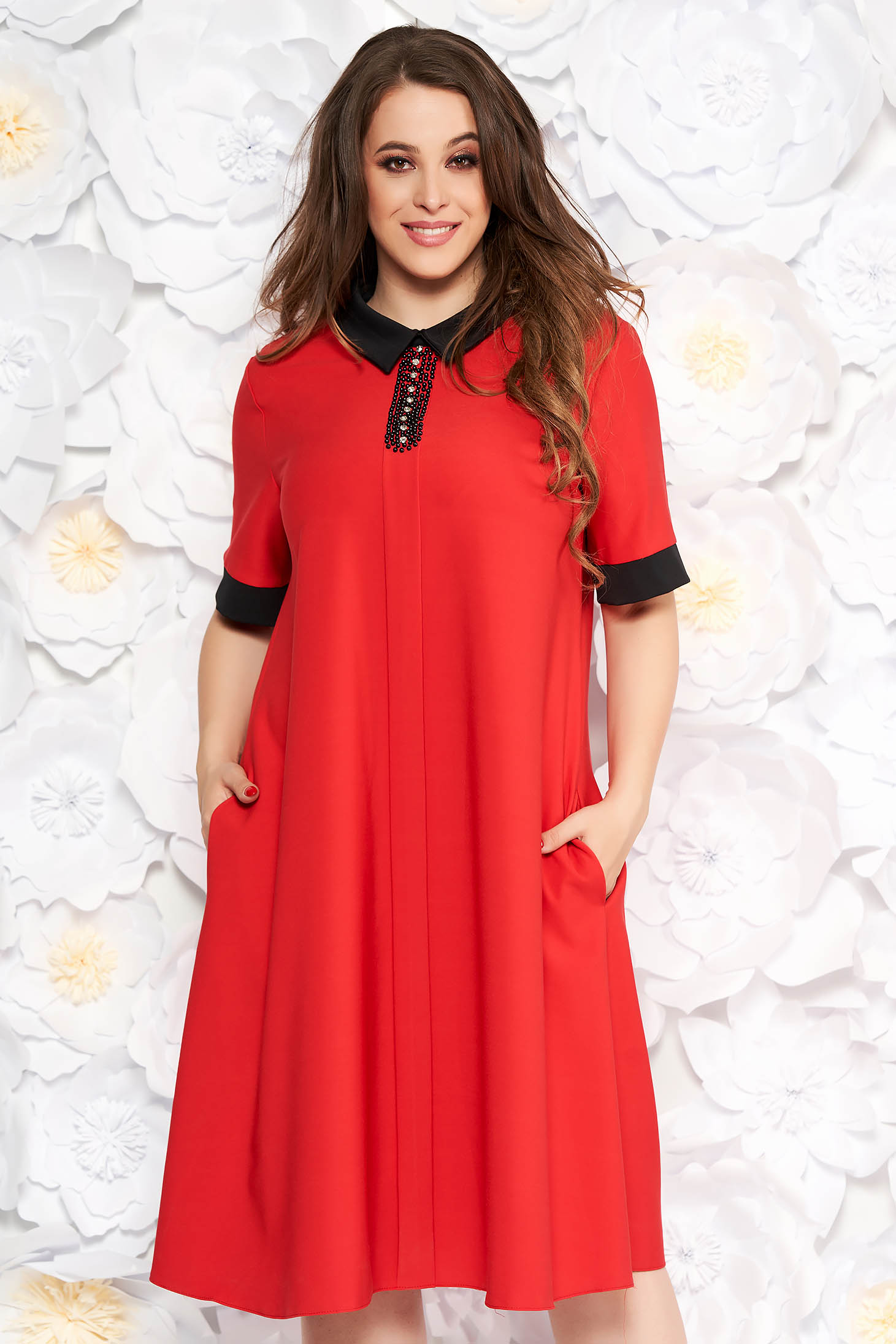Red elegant flared dress slightly elastic fabric with crystal embellished details with pockets